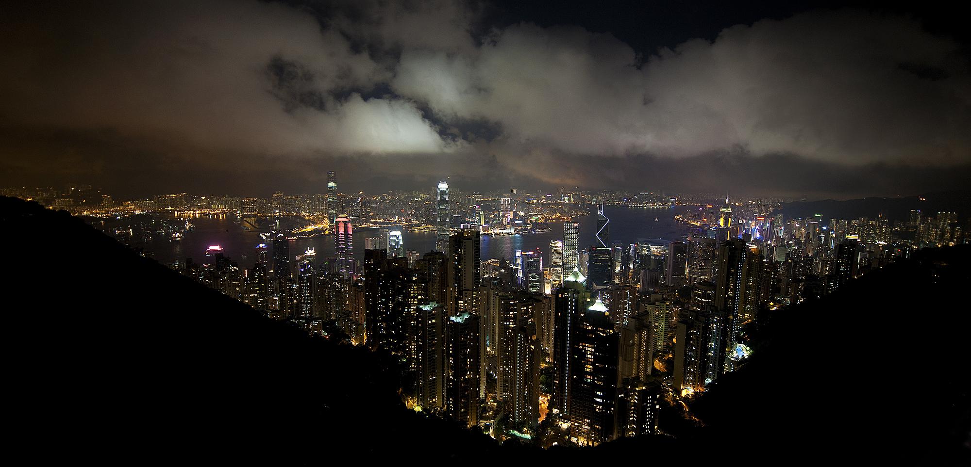 HK Wide Angle night.jpg