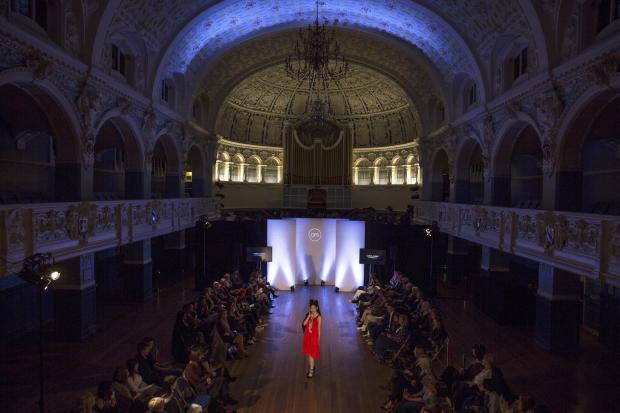 Ox_Fashion_Runway772x.jpg-pwrt3.jpg
