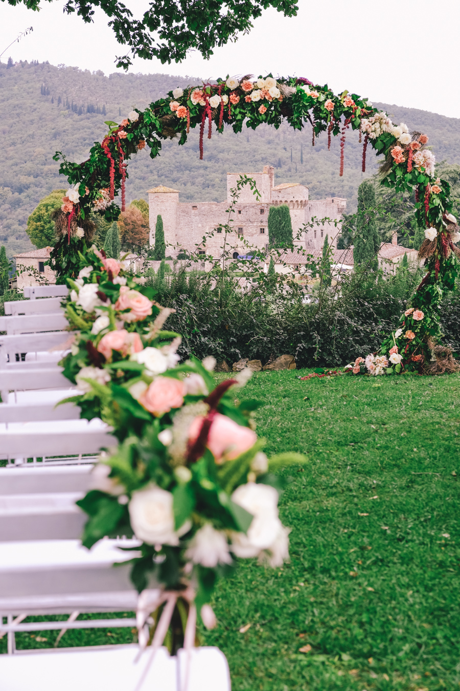 Wedding in tuscany wedding flowers destination weddings italy photography-012.jpg