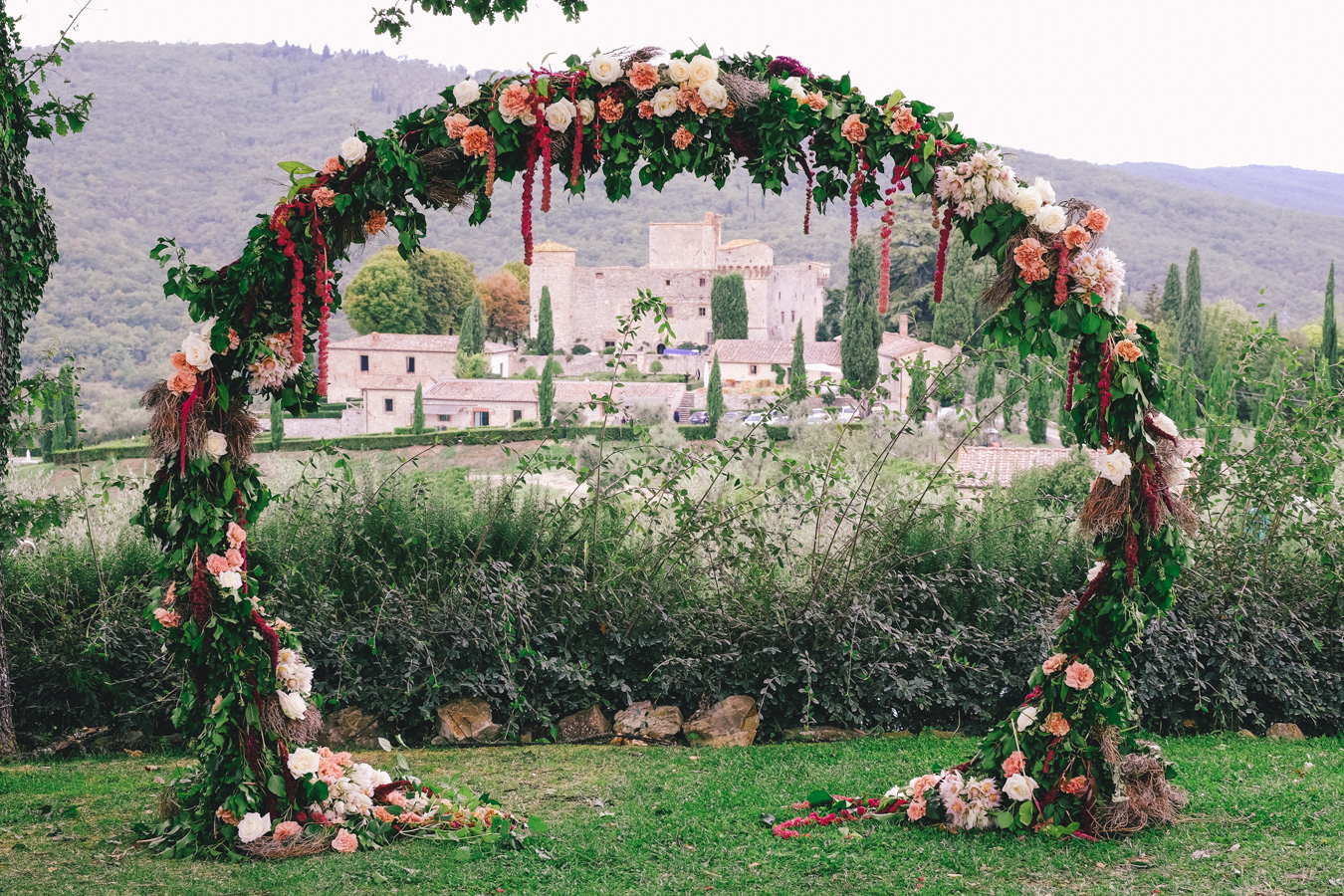 Wedding in tuscany wedding flowers destination weddings italy photography-013.jpg
