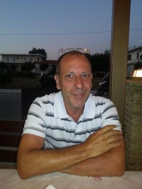 """North Yorkshire police are worried for the wellbeing of a missing Selbyman.  William Notley who is 57 was believed to be at home at 1pm in Buller Street when he last spoke to his wife on the telephone. However since then he has not be seen or heard from.  Inspector Andy Haigh, who is coordinating the search, said: """"William, if you see or hear this appeal, I urge you to get in touch with your wife straight away as she is desperate to know that you are safe and well.  North Yorkshire Police said Mr Notley had missed an an appointment he was due to attend, and they were concerned about his health. His whereabouts are currently unknown, and police say he could be anywhere in the country.  Furthermore Inspector Haighstated that """"If you would prefer to speak to a police officer please get in touch with us and we will reassure your wife about your welfare.I am also keen to speak to anyone who has seen Mr Notley, or knows where is now, and ask them to get in touch with the police as soon as possible.""""  Mr Notley is a white approximately 5ft 6in tall He has a slim build and brown hair. Police said he may be wearing a brown striped polo shirt, blue jeans and brown trainers.  If anyone of the public have any information please contact us at selbyeveryday@mail.com or telephone 101"""