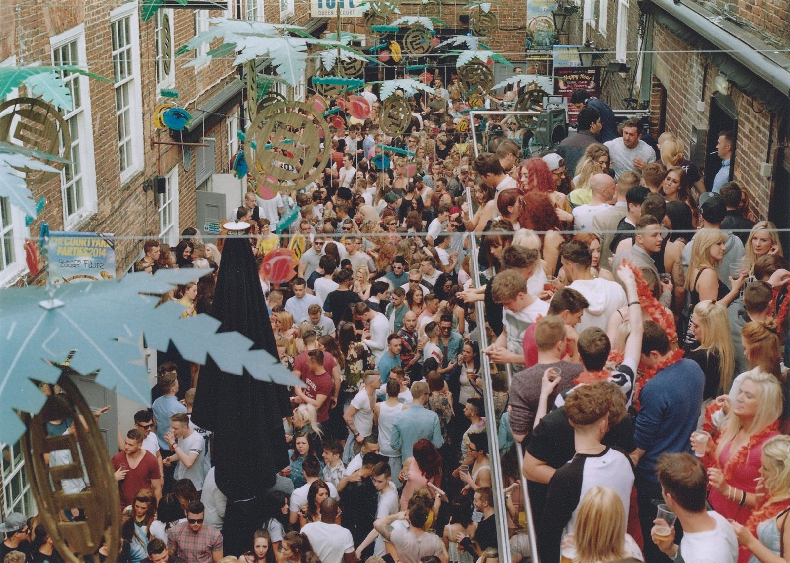 The infamous courtyard parties are held on bank holiday Sundays throughout the year, the terrace party has an array of djs which play on the roof of Fibre from 12pm - 12am