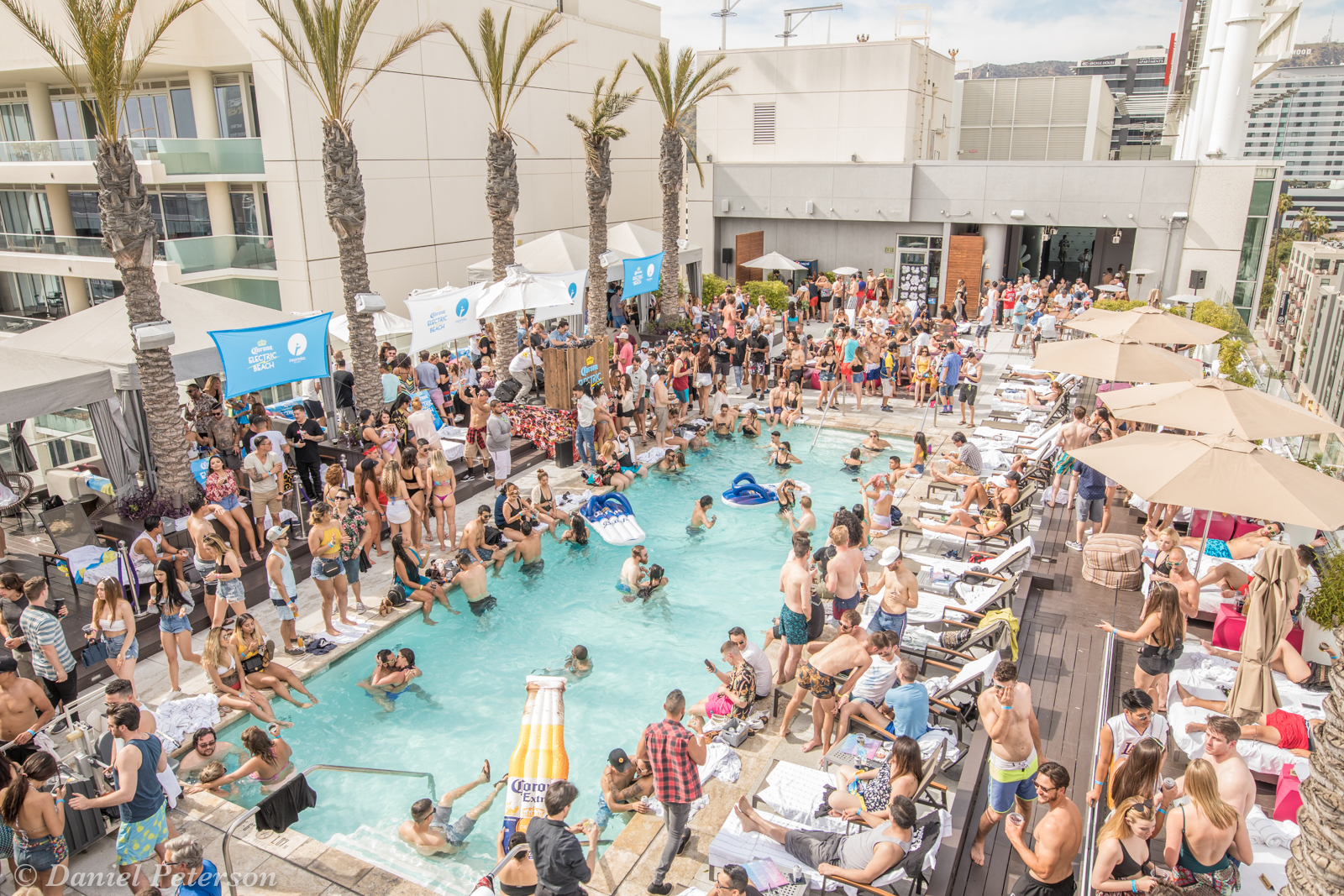 Corona Electric Beach Los Angeles by Daniel Peterson of Music Festival Central-2.jpg