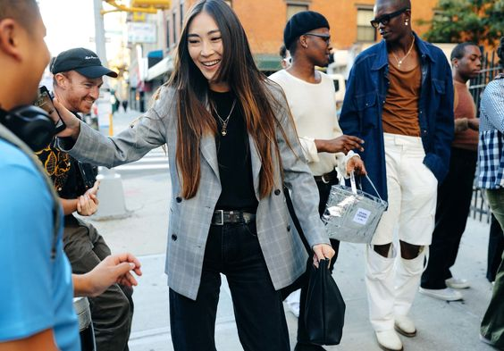 what-nyc-girls-are-wearing-this-fall-20.jpg
