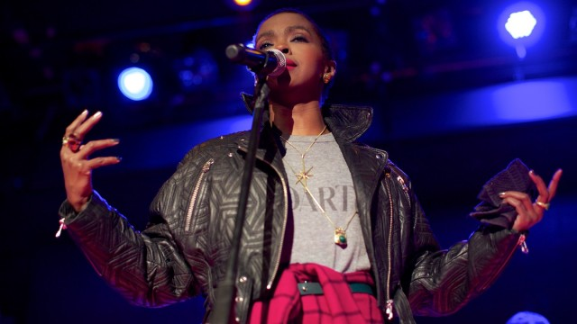 Lauryn Hill December 2013