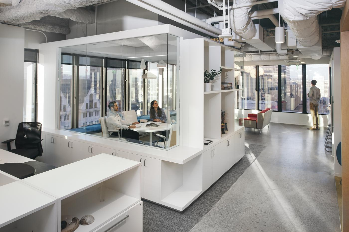2017 Winner - 'DESIGN IS' Market Winner: Small Office