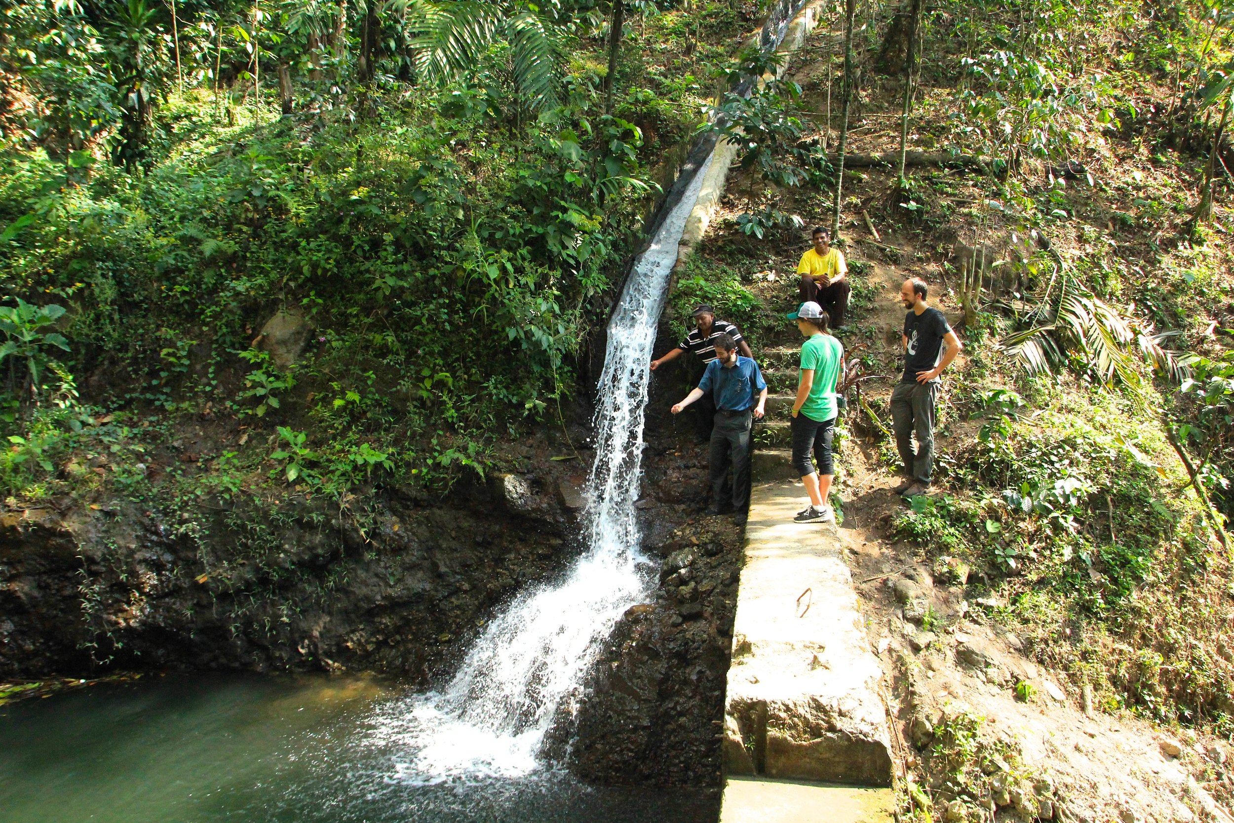 The waterfall fills the natural pool until the dam is opened and the water enters the system of canals and generates energy for the town.