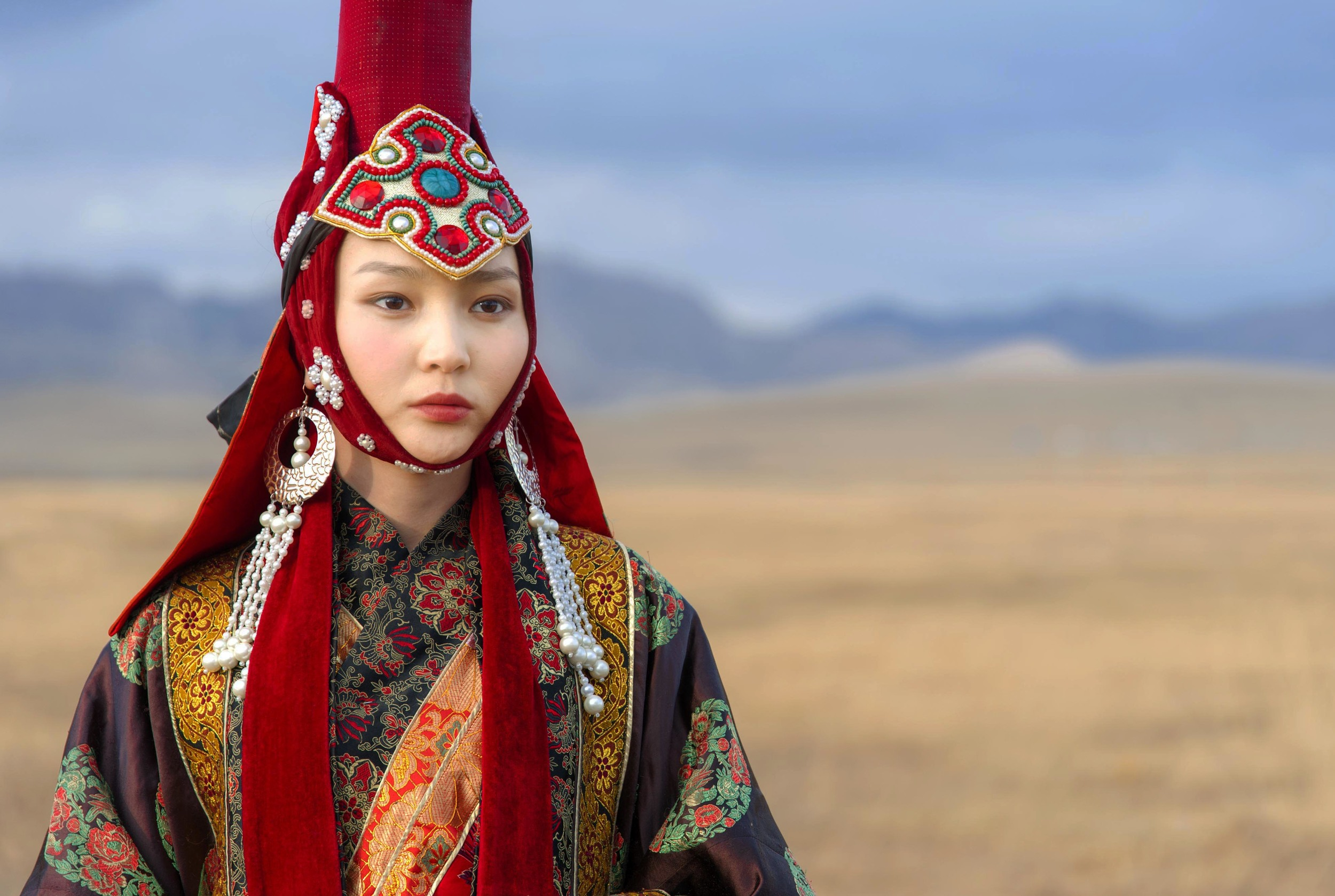 Mongolia 13th century queen.jpg
