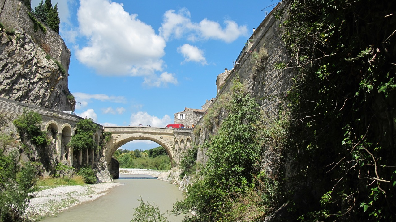 Vaison bridge.jpeg
