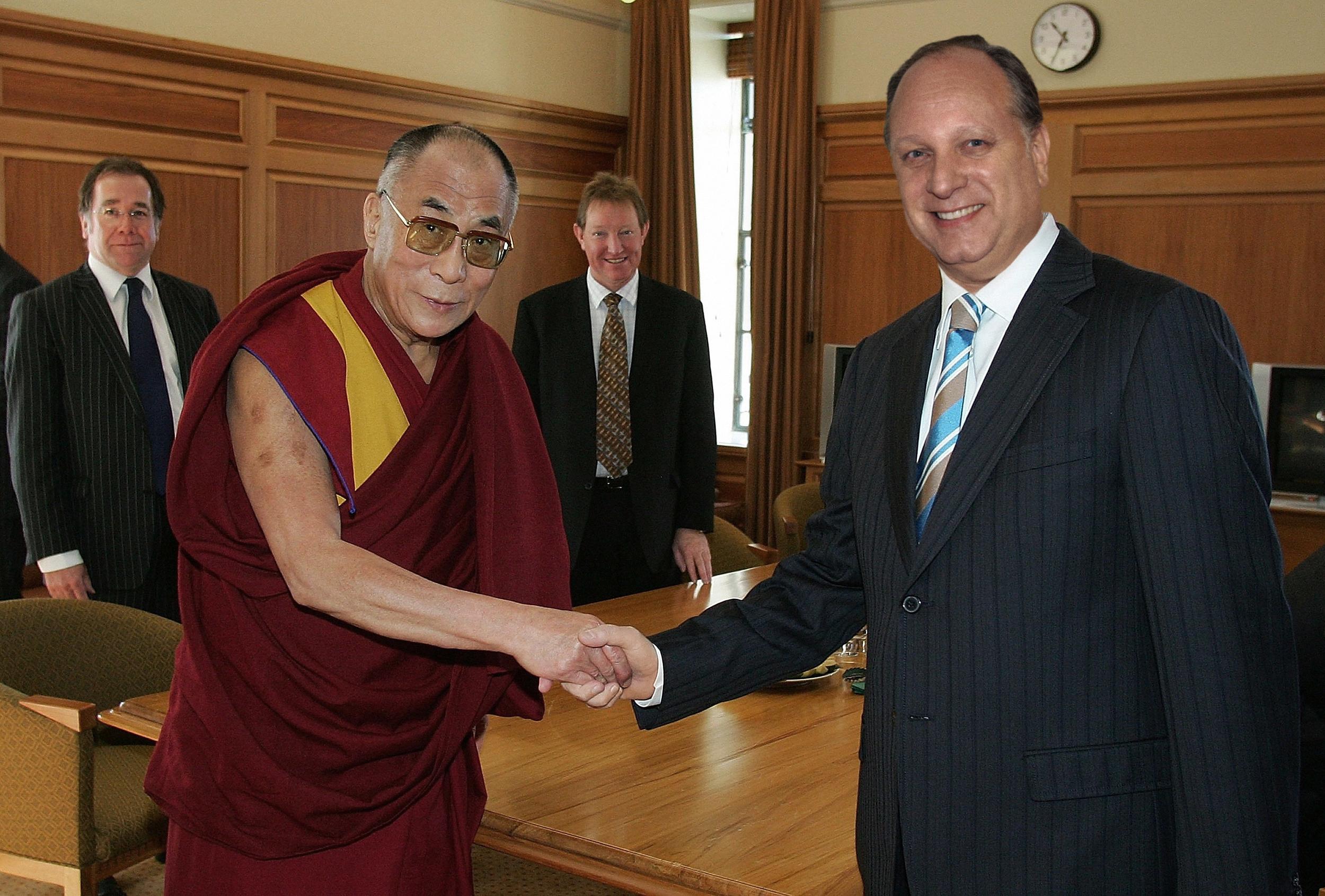 Dalai Photoshop 1.jpg
