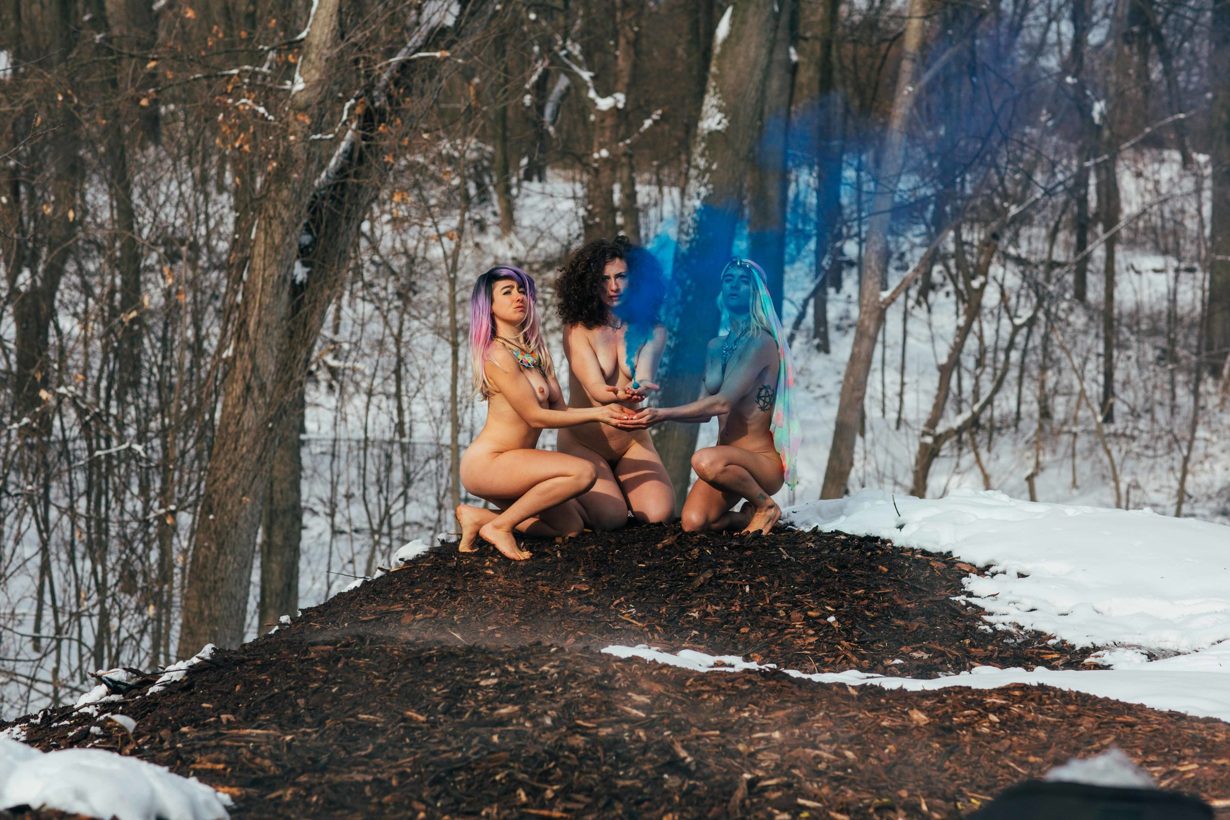 Go! Push Pops and Laura Weyl ritualize naked in Prospect park during the dead of winter, photo: Ian Reid, 2015