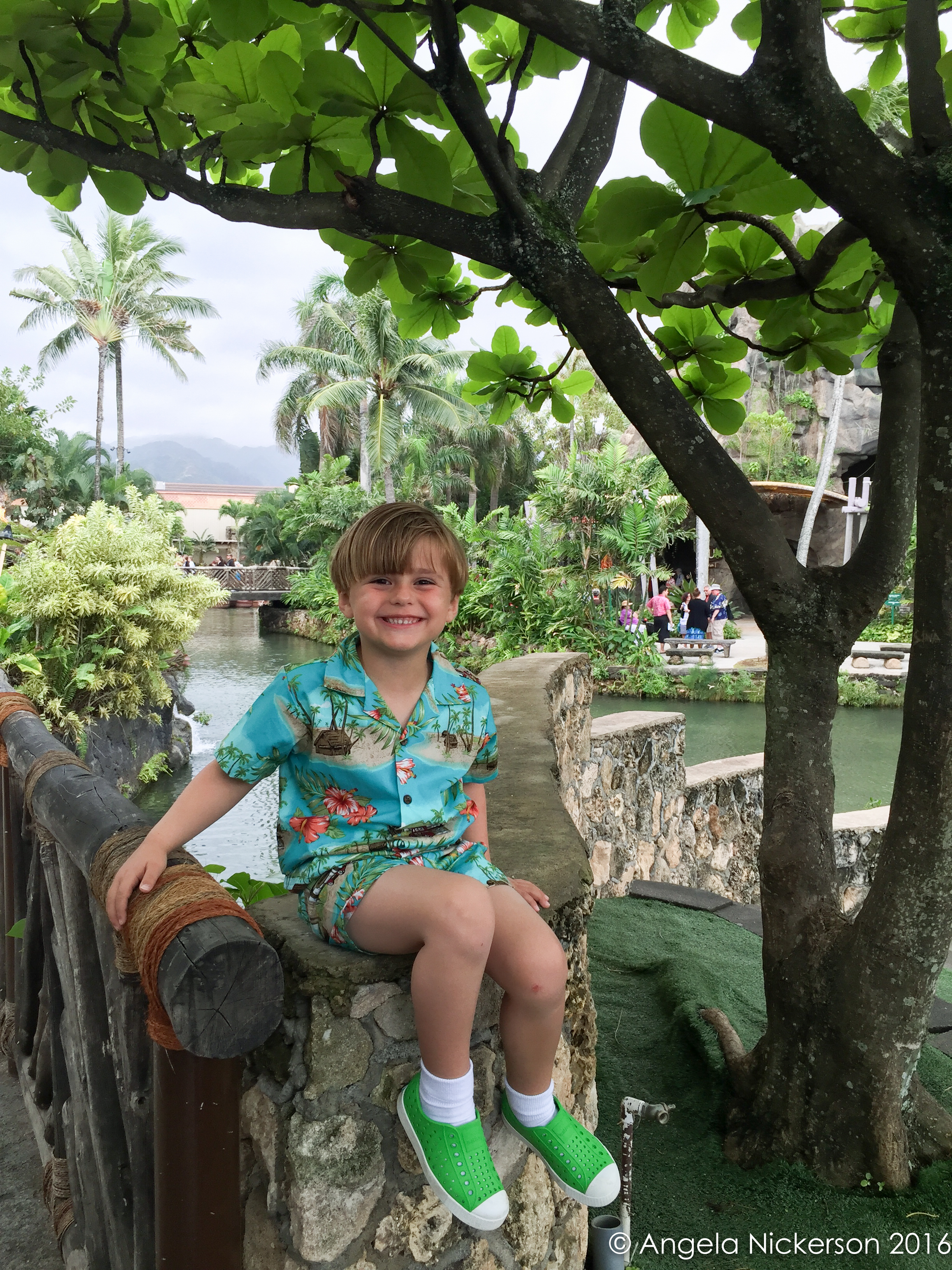 hawaiian shirt and shorts set from Growing Keiki