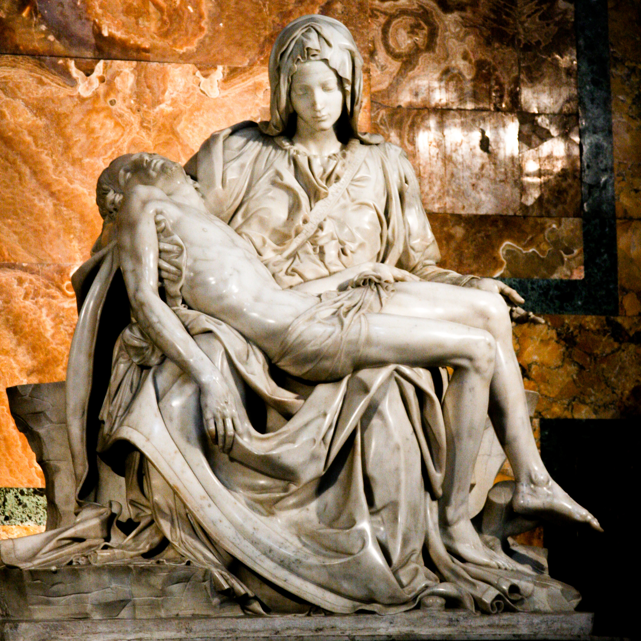 Pieta | Michelangelo Buonarroti | St. Peter's Basilica | Vatican City