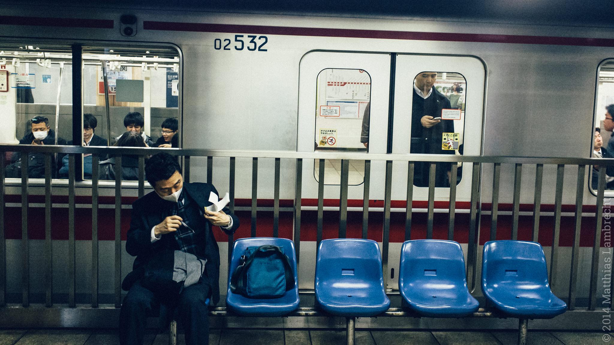 commuters・通る人 (iv)