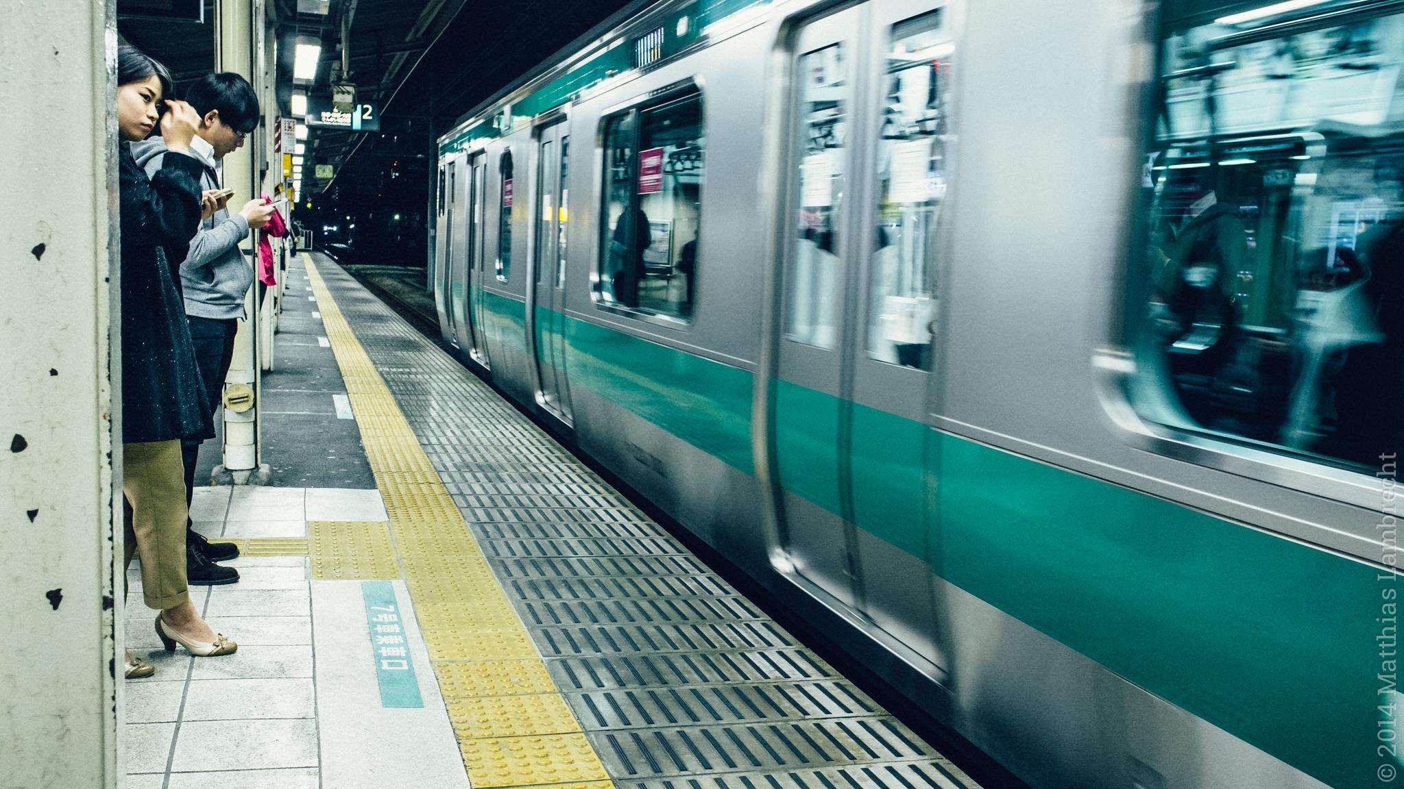 commuters・通る人 (xi)