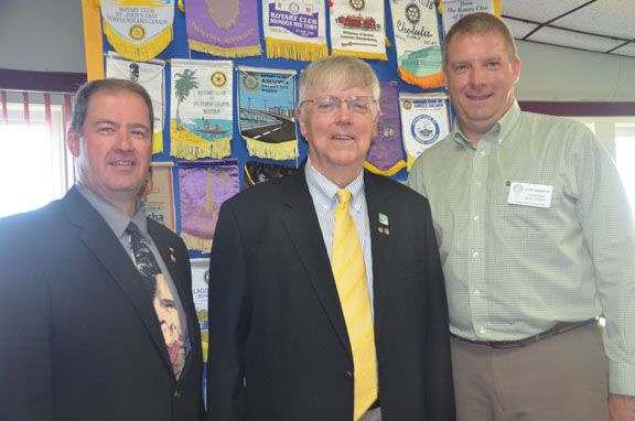 Charlottetown Rotarian Tom Wilkinson, center, meets will Summerside Rotary Club president Nelson Snow, left, and Rotary meeting chair David Anderson, following his address to the local club about the success of the Korean Friendship Network program. – Mike Carson/Journal Pioneer