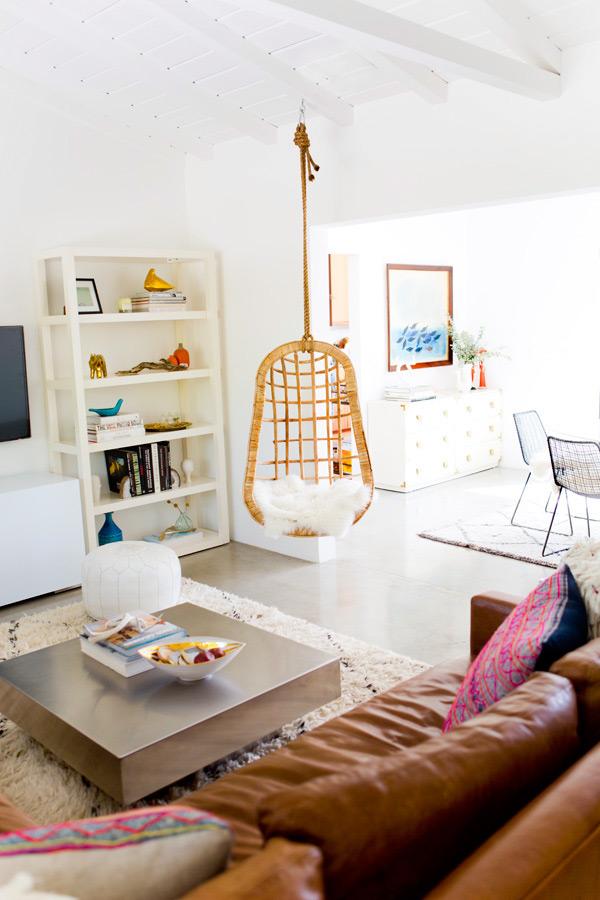 the_mora_house_living_room_march201401.jpg