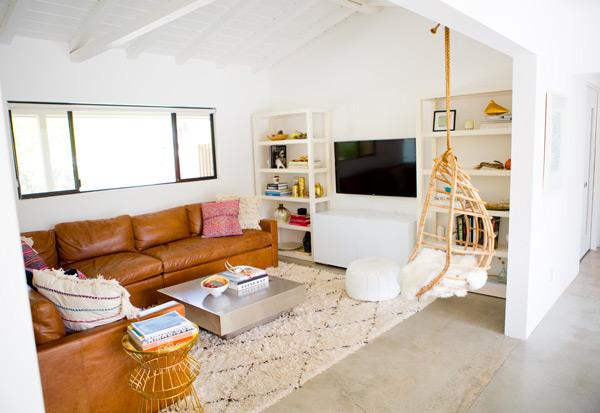 the_mora_house_living_room_march201402.jpg