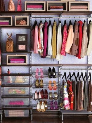 color.me.quirky. some serious closet envy.