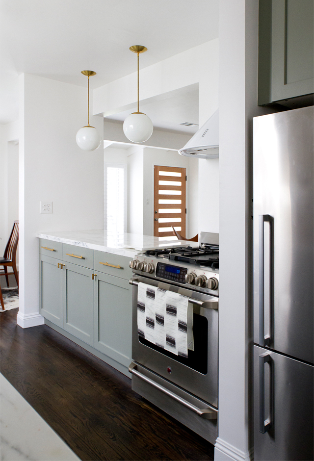 color. me. quirky. smitten studio kitchen
