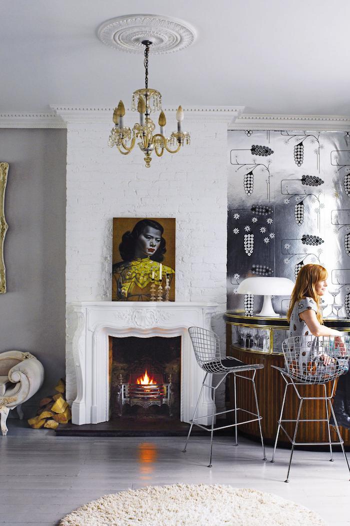 london-home-fire-place-bar.jpg
