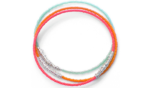 DesignSea-bangle-bracelets-82h-use.jpg