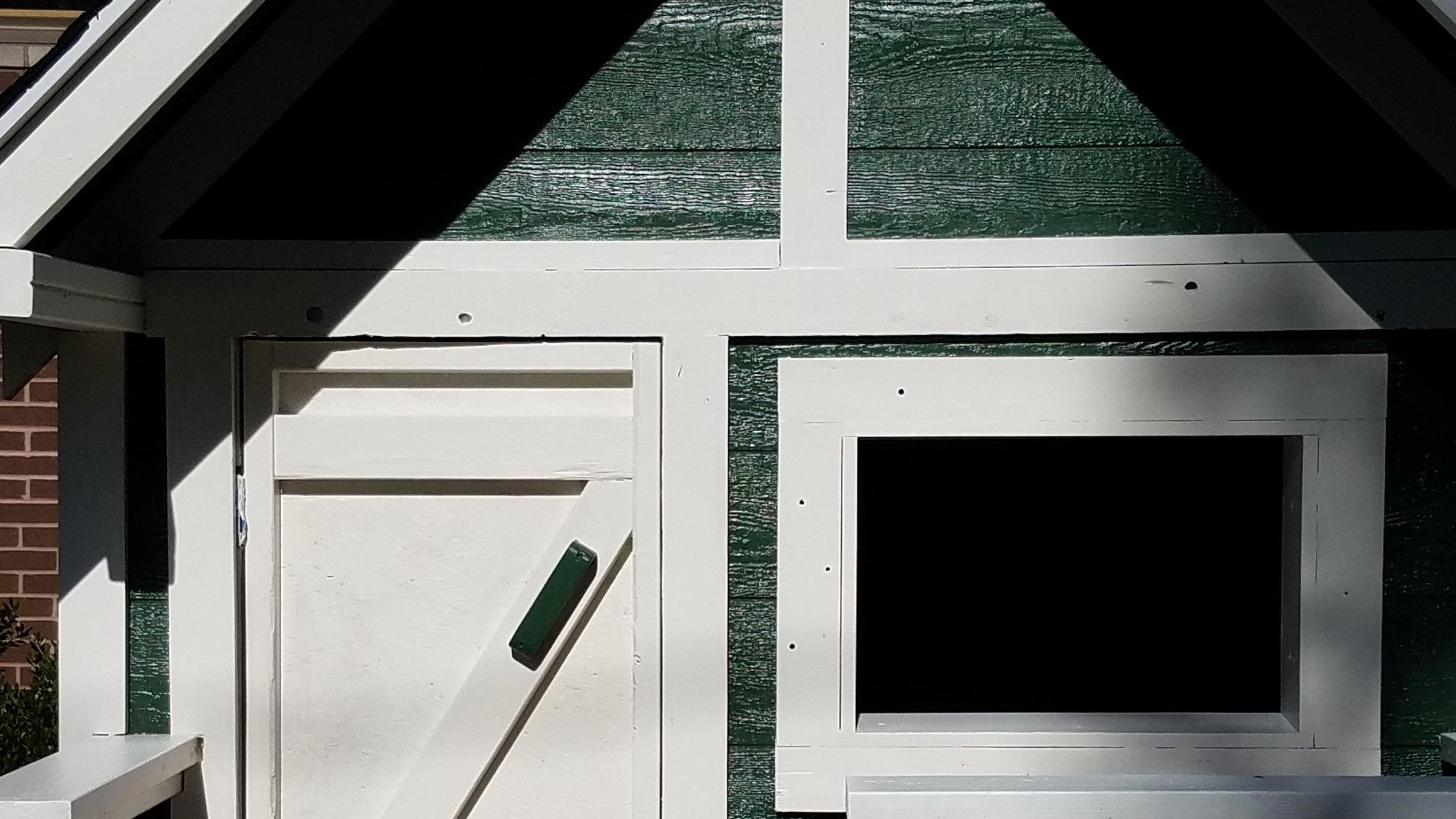 playhouse paint 2.jpg