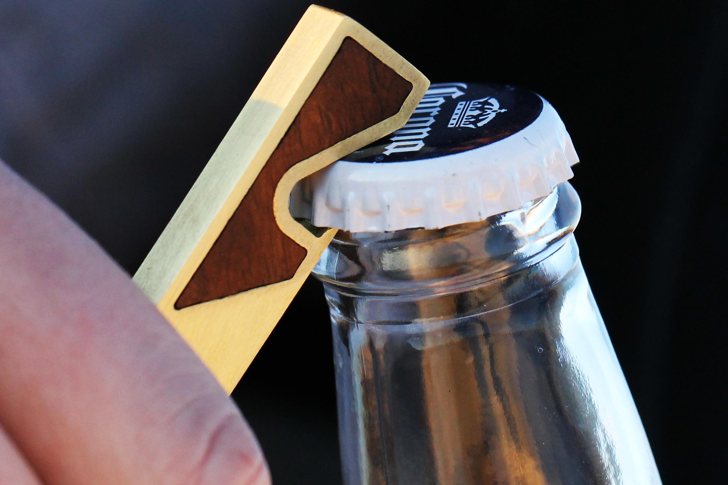 spencer bottle opener_use