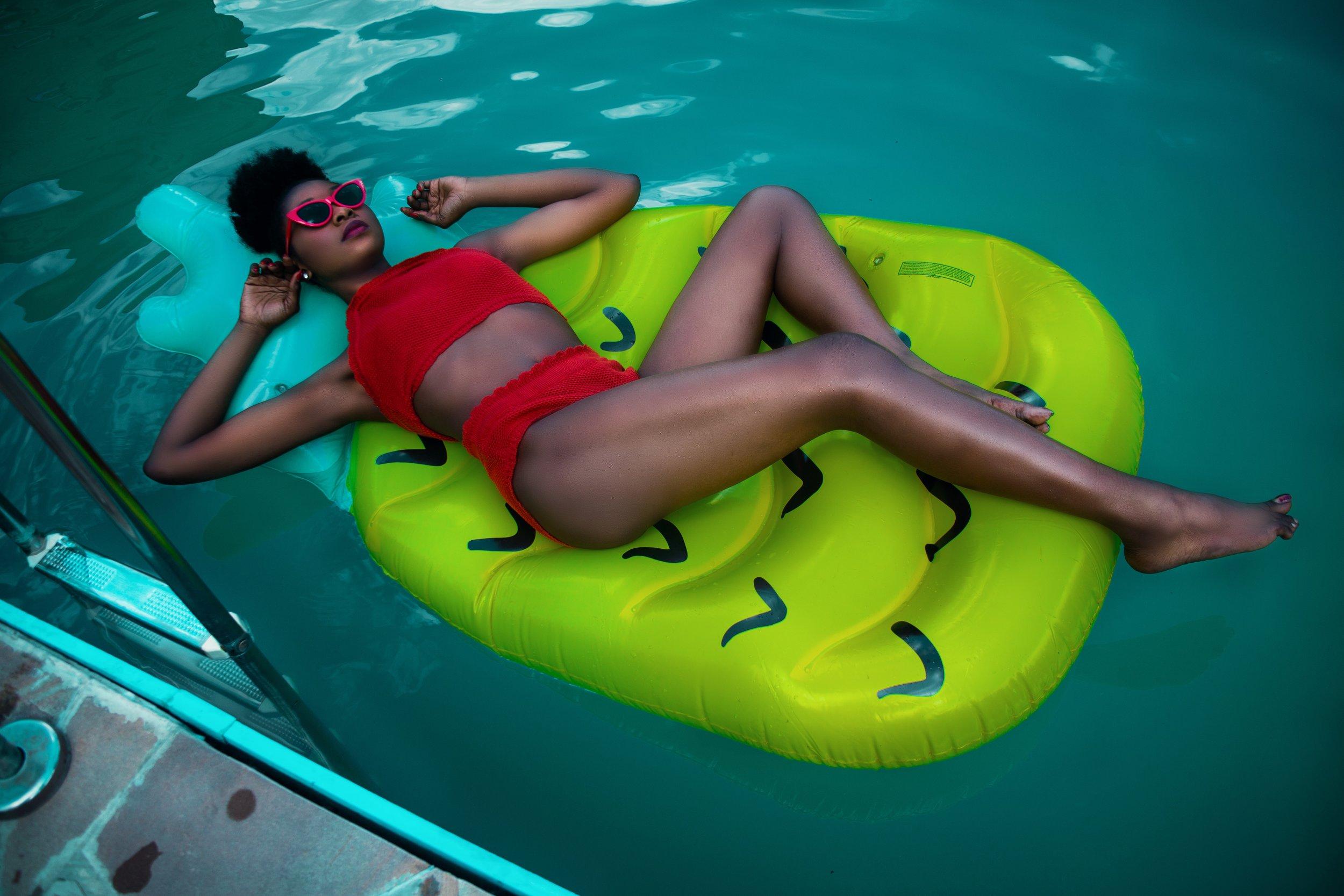 adult-bikini-body-756559.jpg