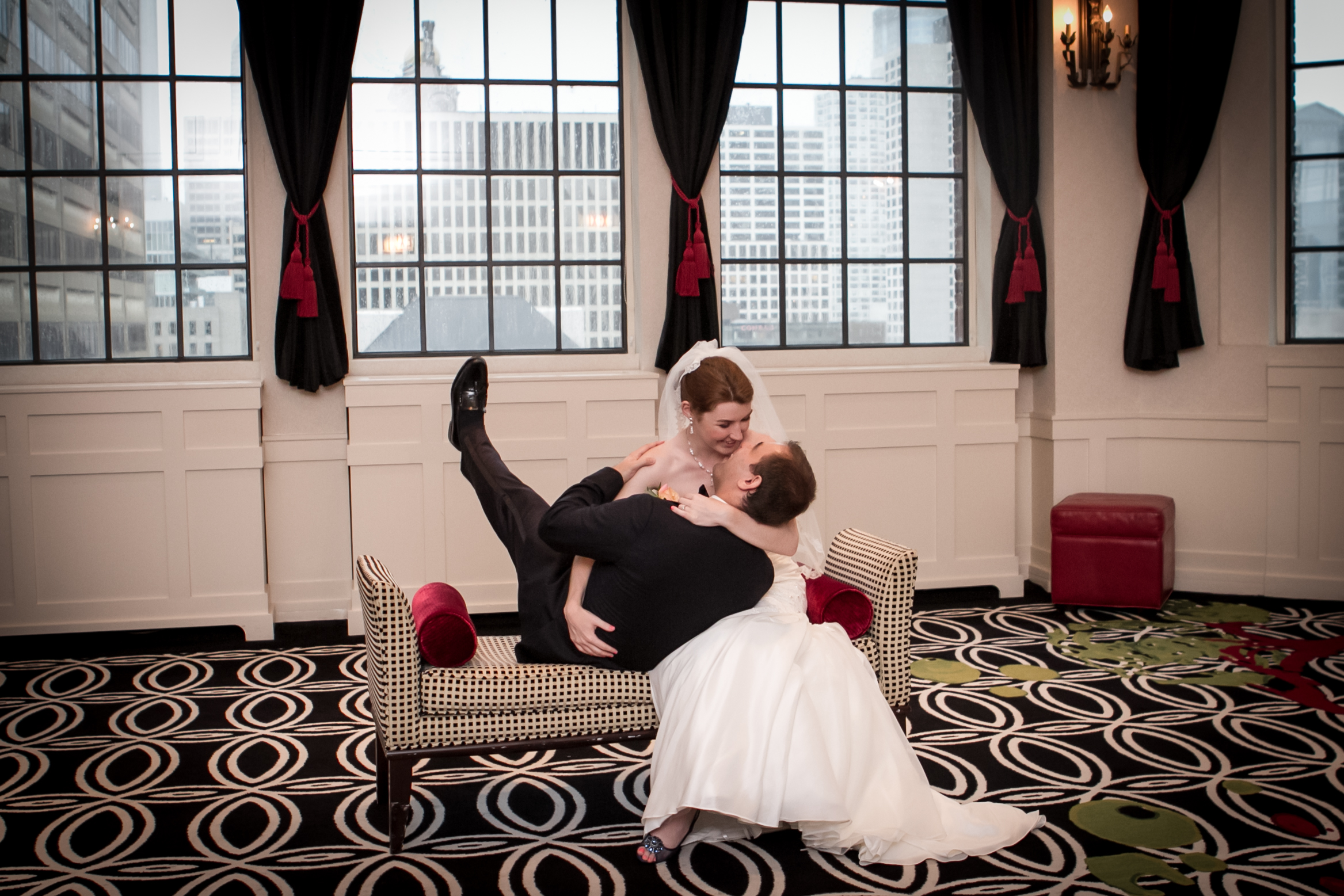 kate & alex allerton hotel tip top tap chicago wedding-006.jpg