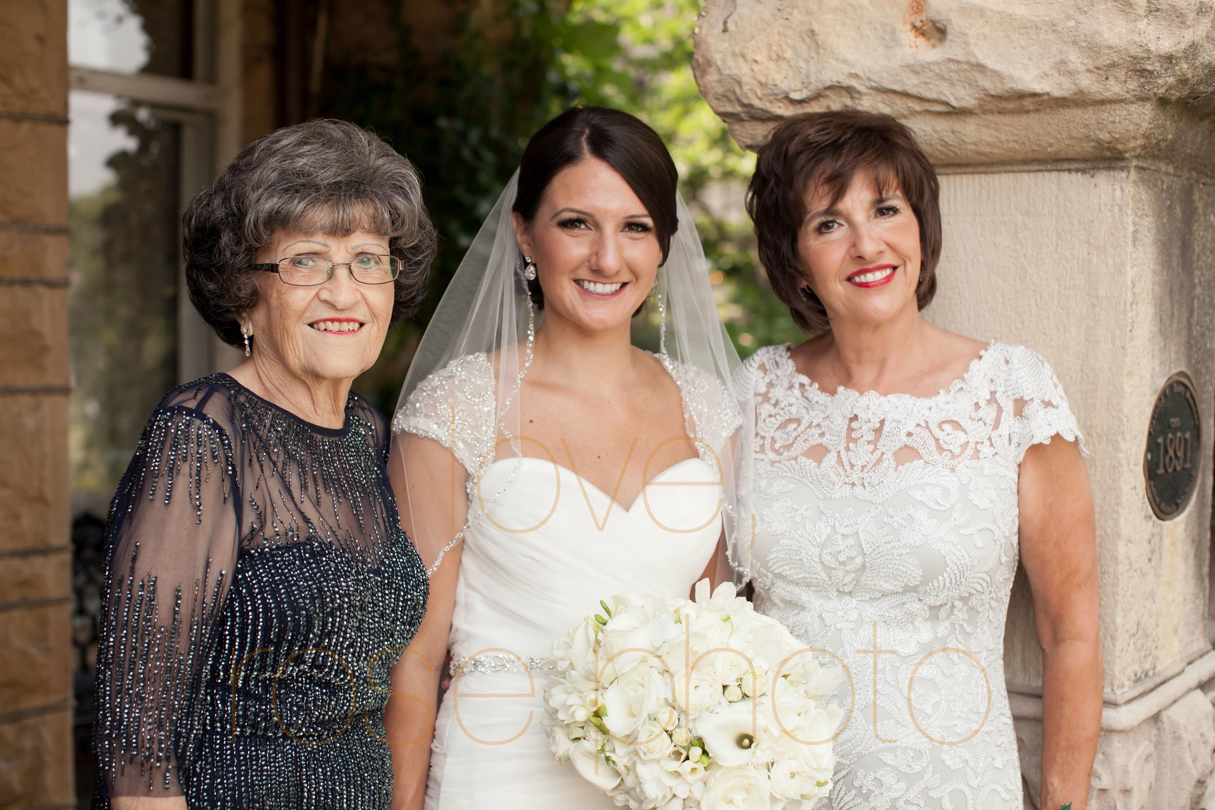 ellen + bryan chicago wedding joliet james healy mansion portrait lifestyle photojournalist photographer -004.jpg