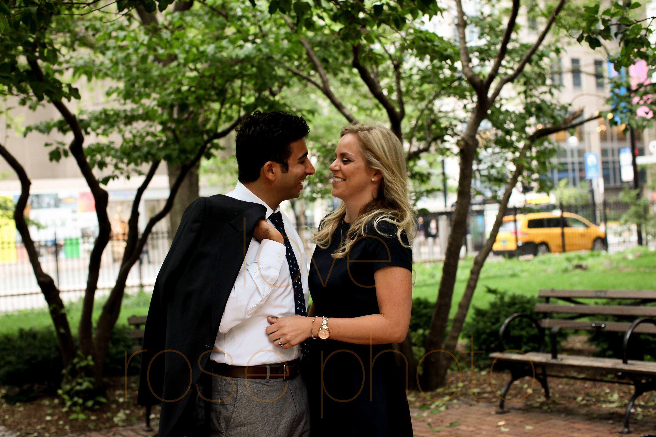 Amy + Ammar engagment shoot downtown drumbar magnificante mile chicago river wedding photographer-005.jpg