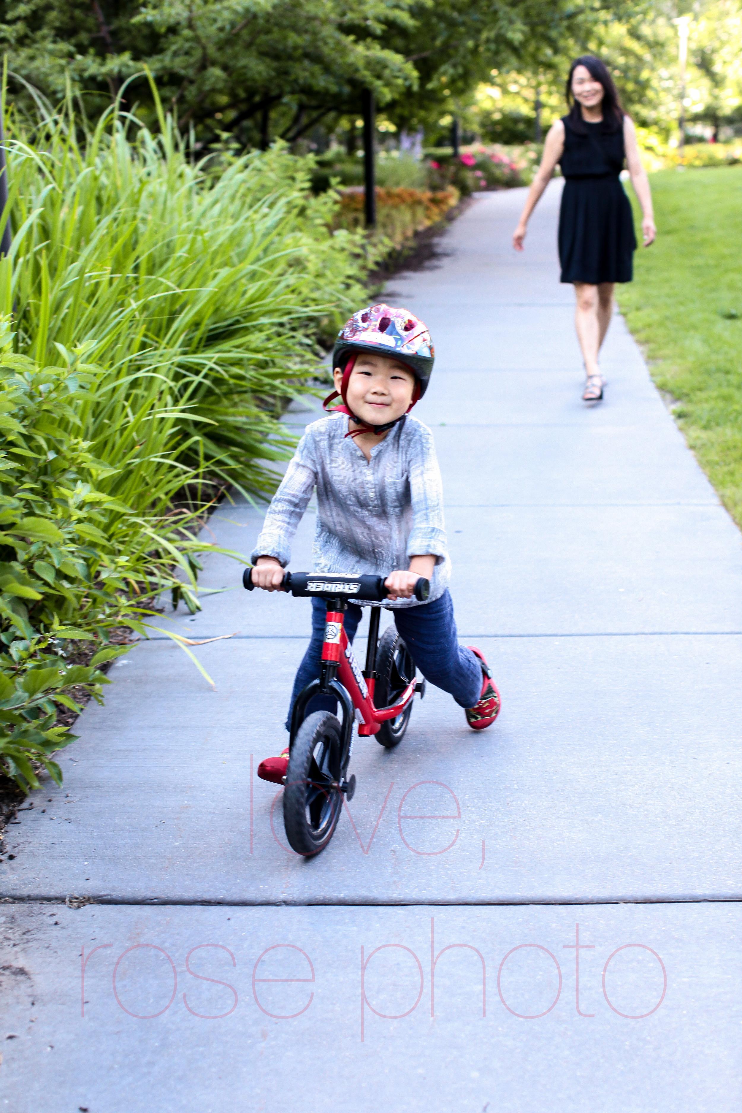 chicago lakeshore east children's photographer lifestyle portrait photography millenium park -002.jpg