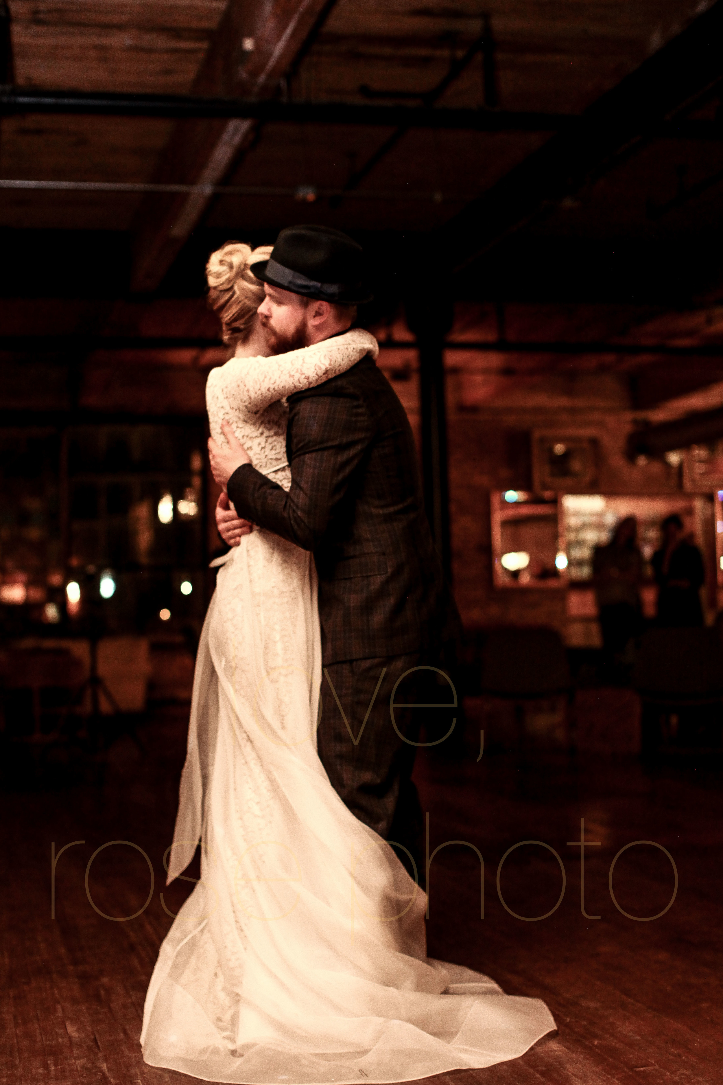 West Fulton Chicago Wedding Venue Salvage One photography enagement photos bride groom first dance-33.jpg