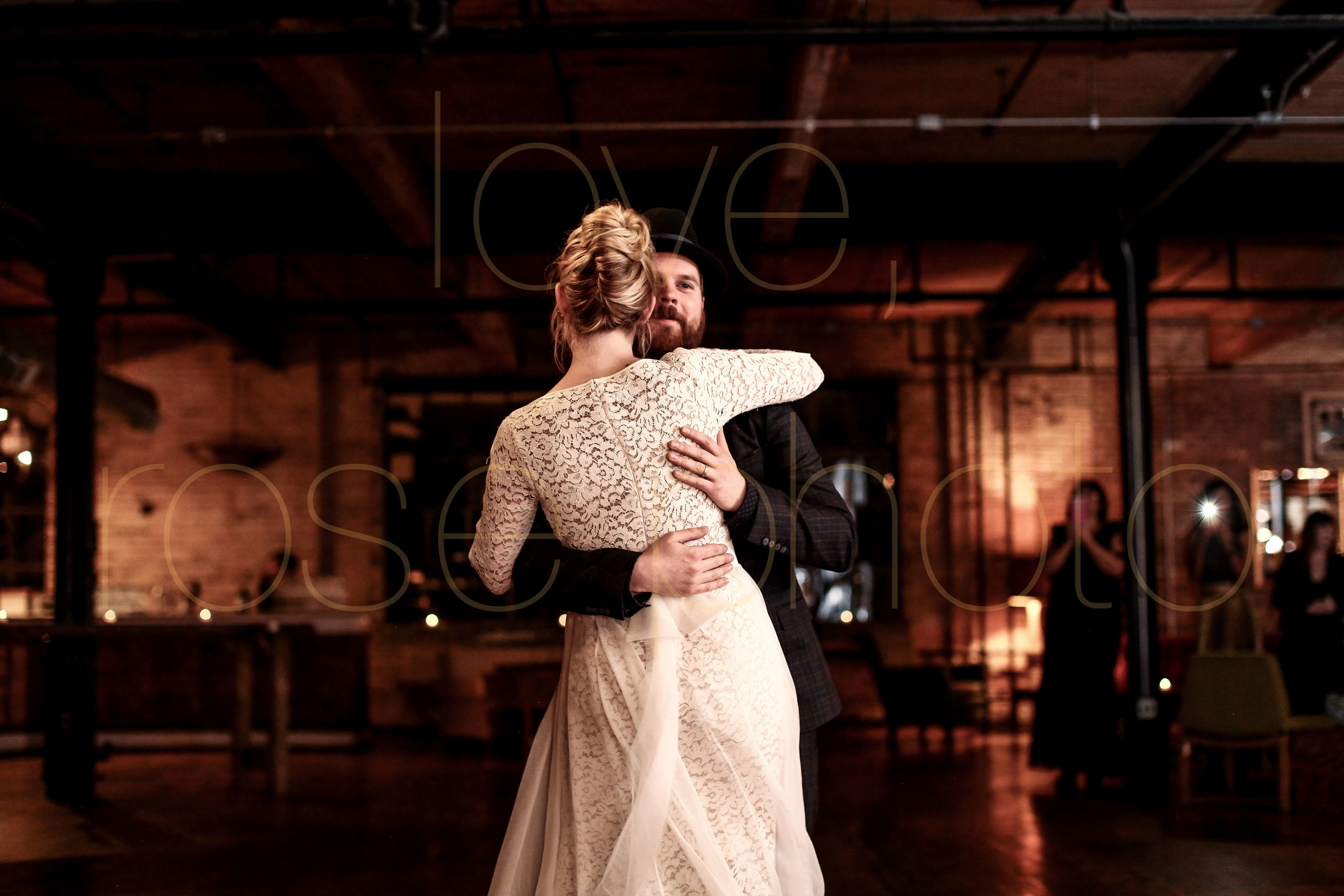 West Fulton Chicago Wedding Venue Salvage One photography enagement photos bride groom first dance-32.jpg