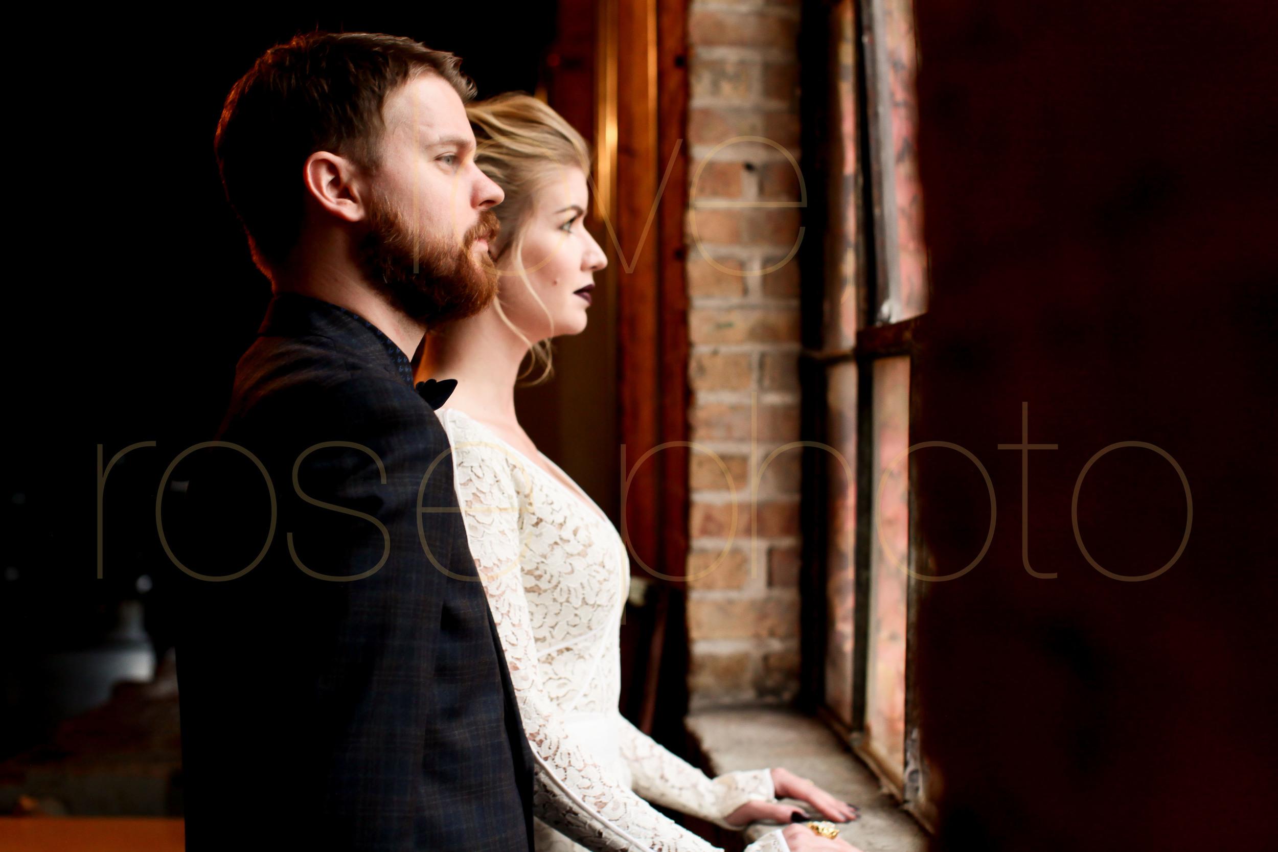 West Fulton Chicago Wedding Venue Salvage One photography enagement photos bride groom first dance-20.jpg