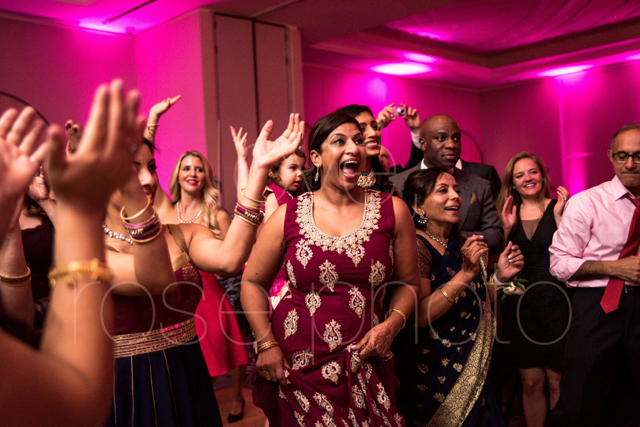 Best of Chicago wedidngphotography LondonHouse Indian wedding -34.jpg