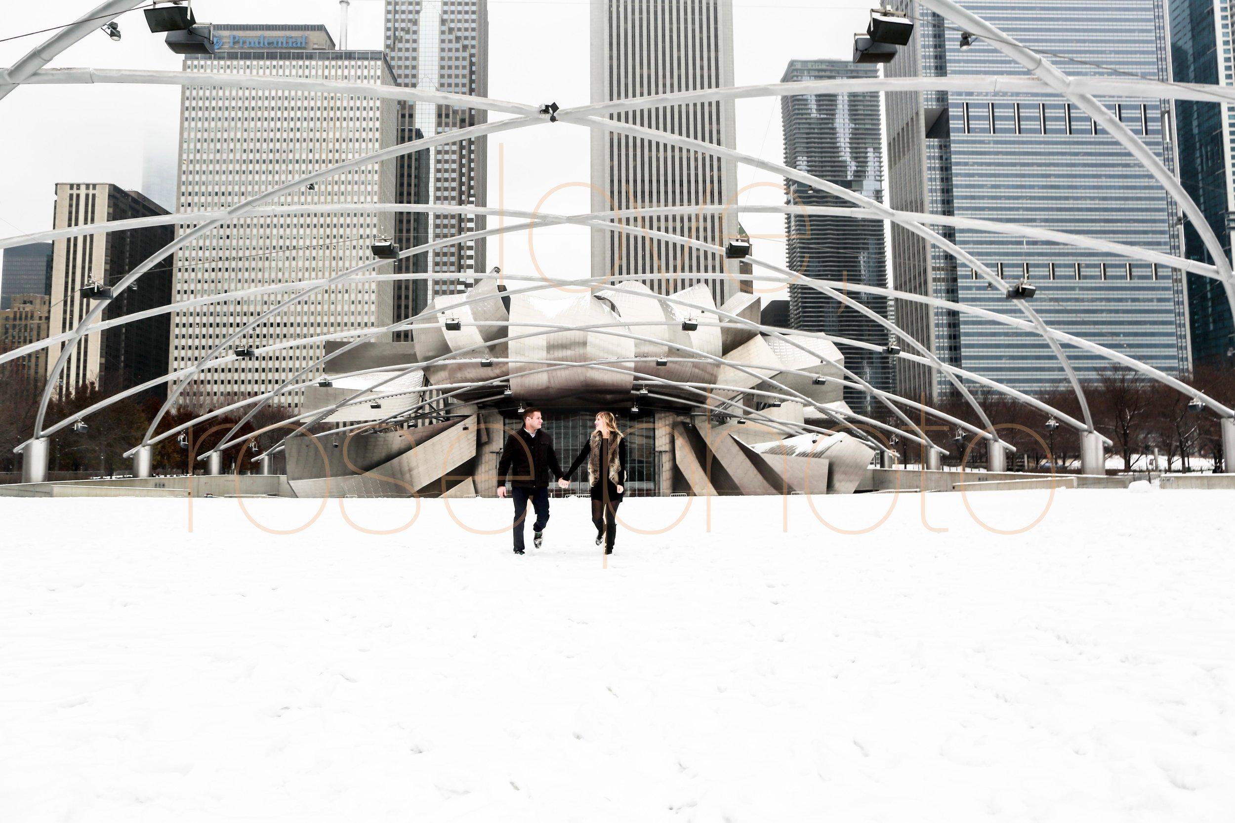 Rose Photo custom engagment shoot downtown chicago best wedding photographer-3.jpg