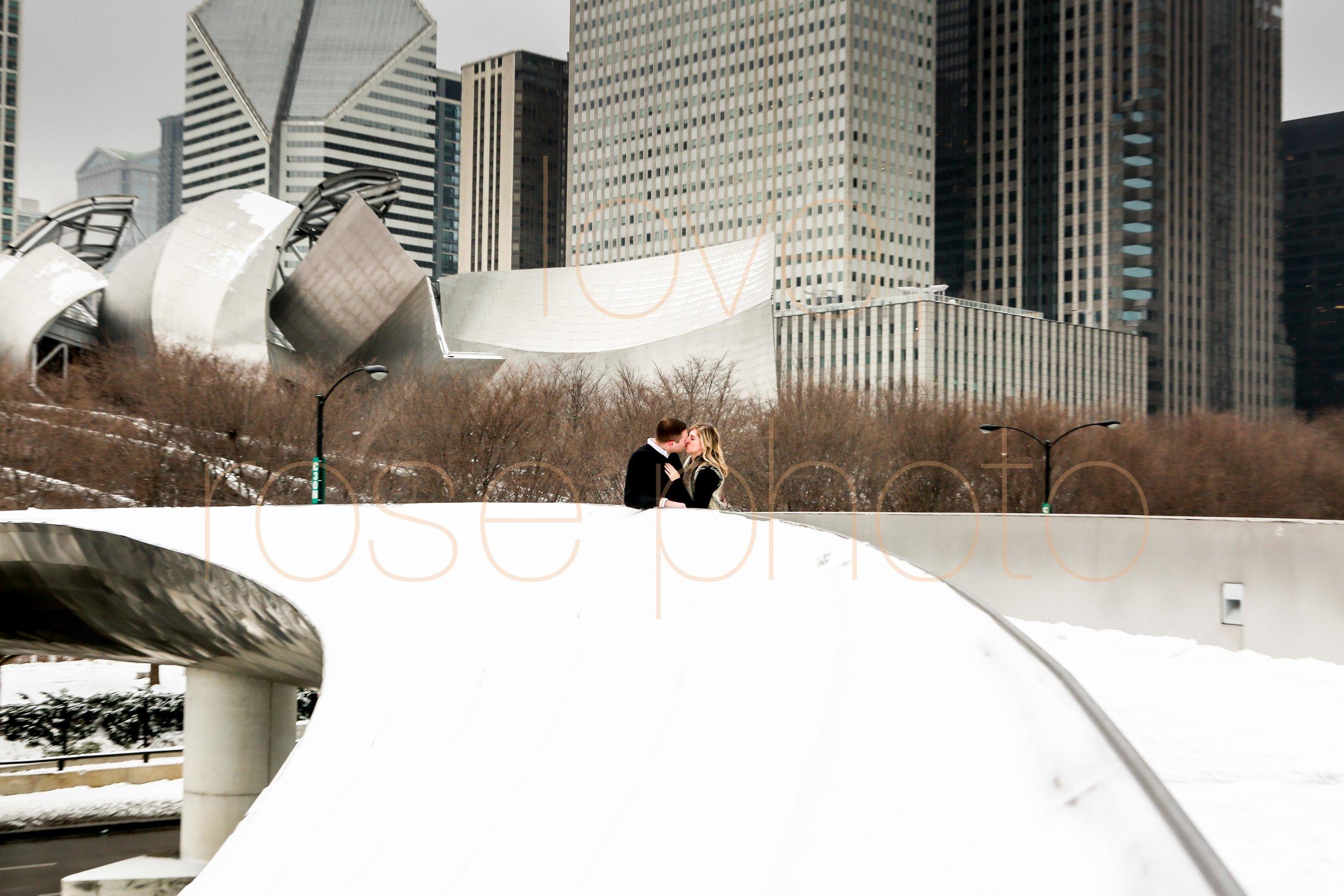 Rose Photo custom engagment shoot downtown chicago best wedding photographer-8.jpg