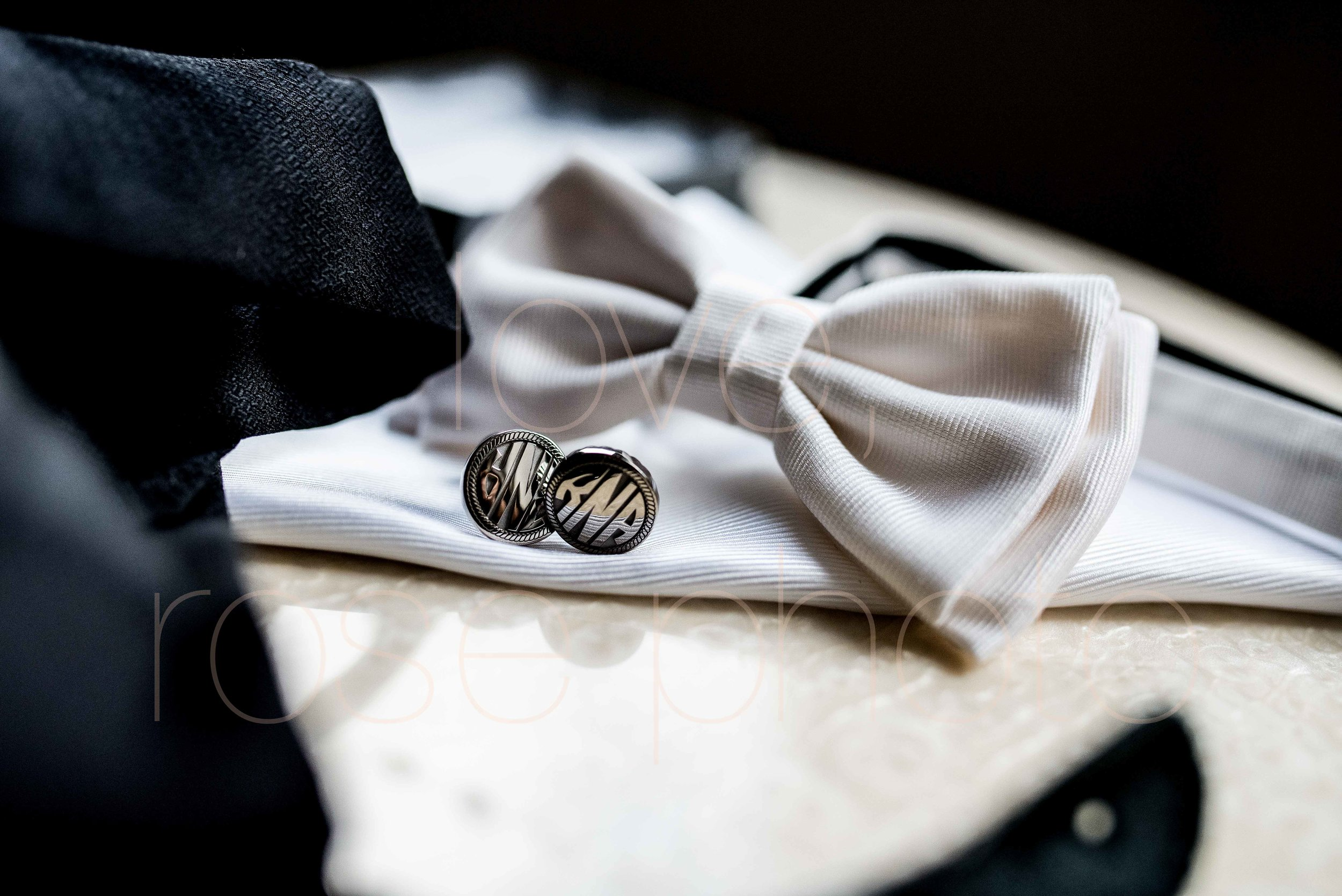 Rose Photo downtown Chicago wedding mag mile new years eve best wedding photography-2.jpg