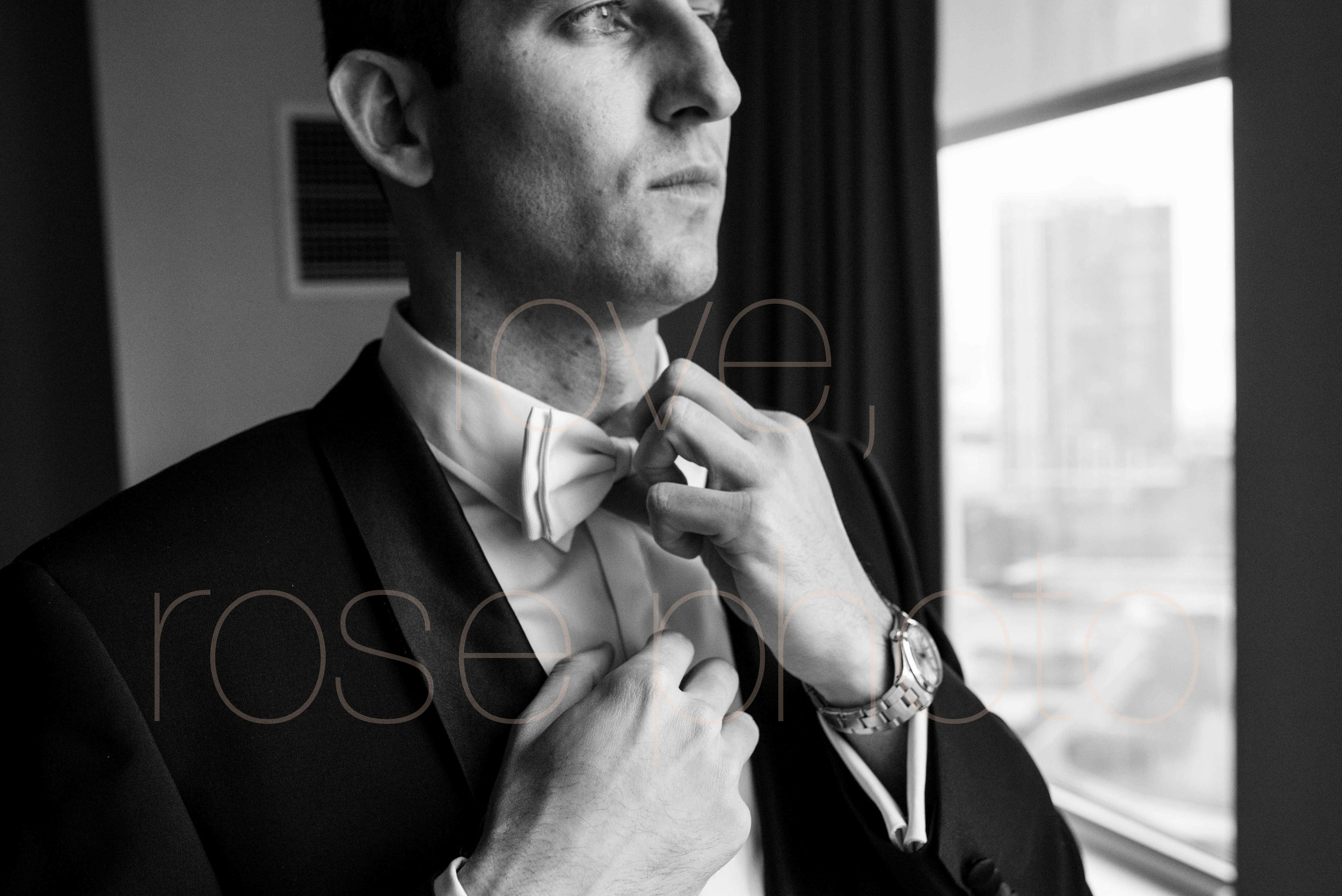Rose Photo downtown Chicago wedding mag mile new years eve best wedding photography-13.jpg