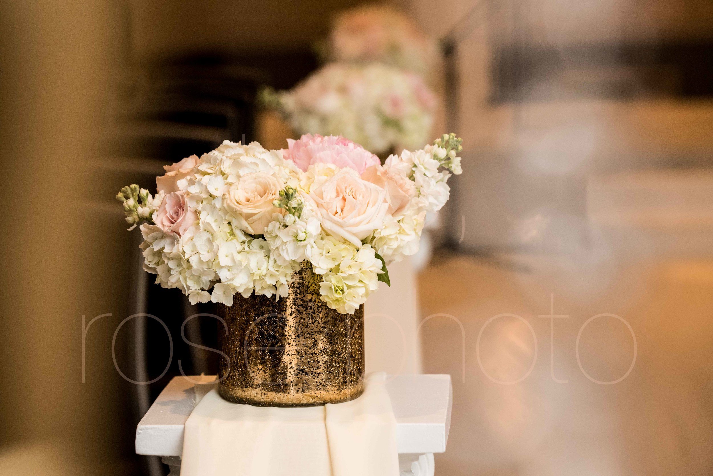 Rose Photo downtown Chicago wedding mag mile new years eve best wedding photography-36.jpg