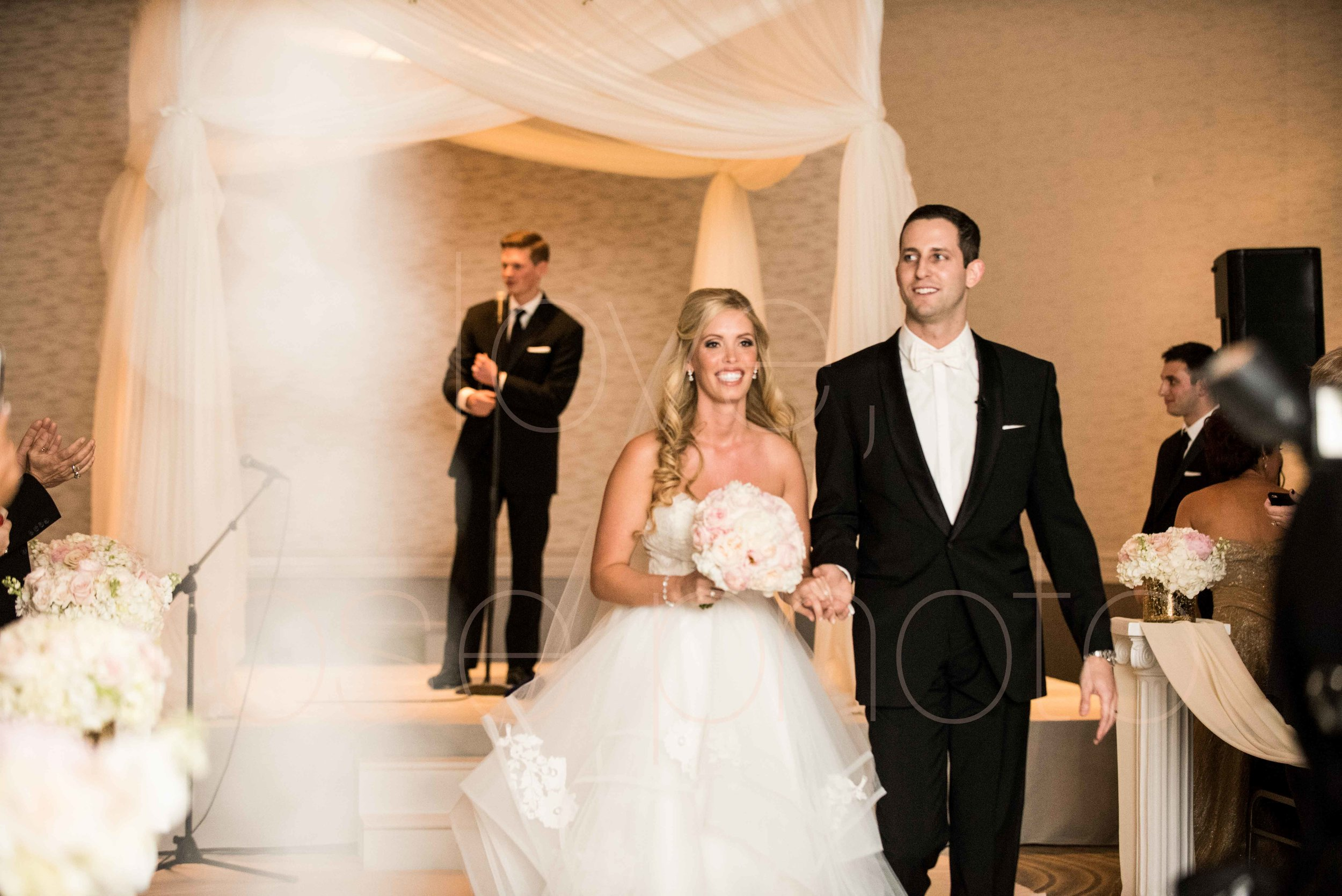 Rose Photo downtown Chicago wedding mag mile new years eve best wedding photography-38.jpg