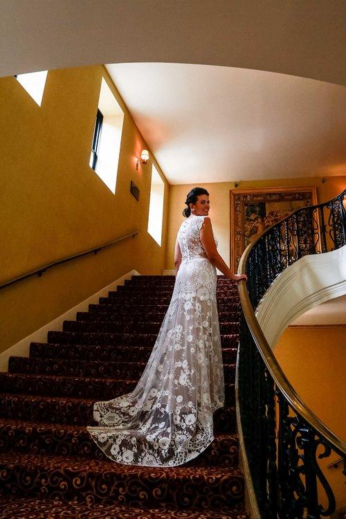 Intercontinental+Mag+Mile+Chicago+Best+Wedding+Photography+Rose+Photo+-17.jpg