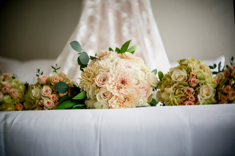 Intercontinental+Mag+Mile+Chicago+Best+Wedding+Photography+Rose+Photo+-23.jpg