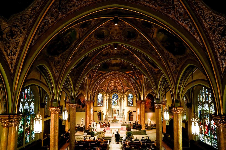 Intercontinental+Mag+Mile+Chicago+Best+Wedding+Photography+Rose+Photo+-27.jpg