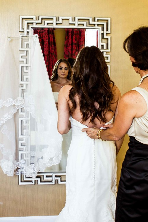 gay+wedding+lesbian+brides+Rose+Photo+downtown+Chicago+wedding+mag+mile+valentines+day+wedding++best+wedding+photography-5.jpg
