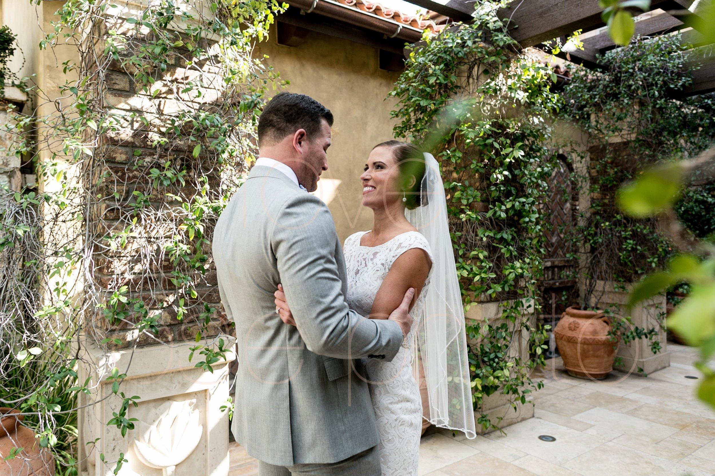 Scottsdale Sedona lifestyle best of destination wedding photographers-26.jpg