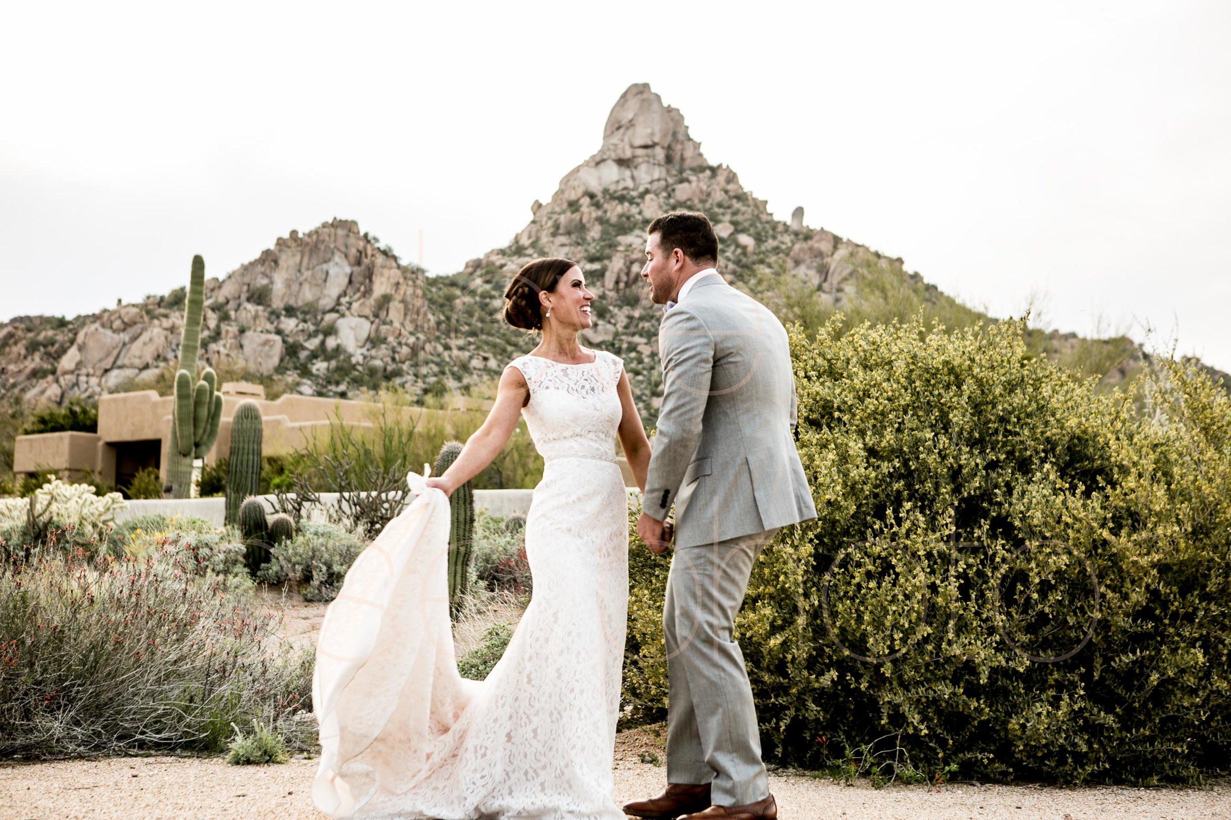 Scottsdale Sedona lifestyle best of destination wedding photographers-53.jpg