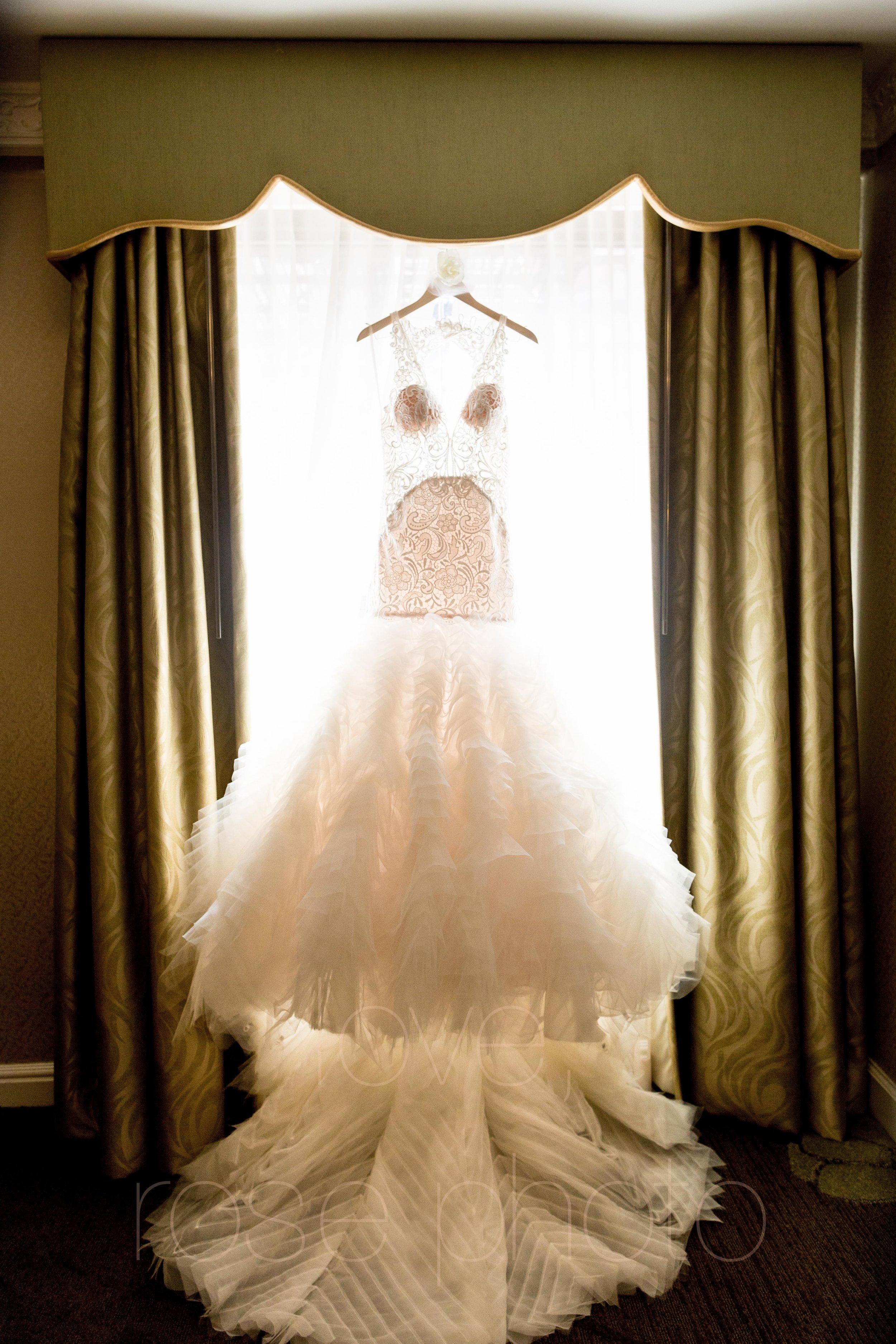 downtown spring wedding palmer house jewish galleria marchetii lazara gown by Rose Photo -1.jpg